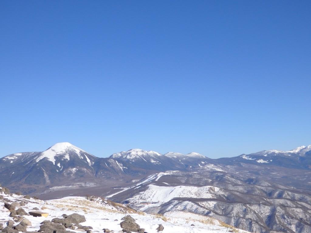 車山山頂から望む蓼科山方面