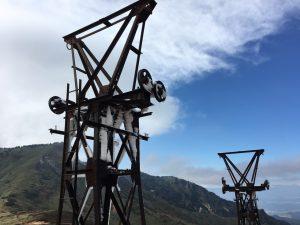 小串鉱山跡の索道鉄塔